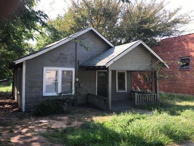 104 S Cleveland Avenue, Sherman, TX 75090 (MLS #13736264) :: Baldree Home Team