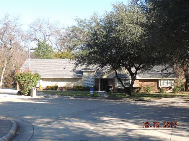 210 Squirebrook Drive, Desoto, TX 75115 (MLS #13739556) :: RE/MAX Pinnacle Group REALTORS