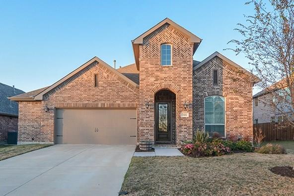 5604 Pinewood Drive, Mckinney, TX 75071 (MLS #13741378) :: Real Estate By Design