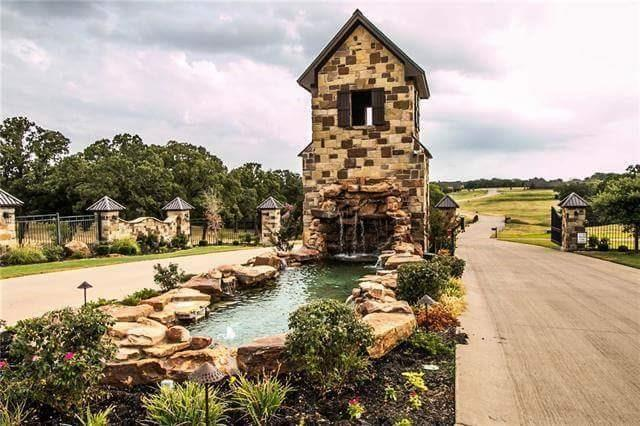 10417 Legacy Estates Drive, Burleson, TX 76028 (MLS #13742164) :: Century 21 Judge Fite Company