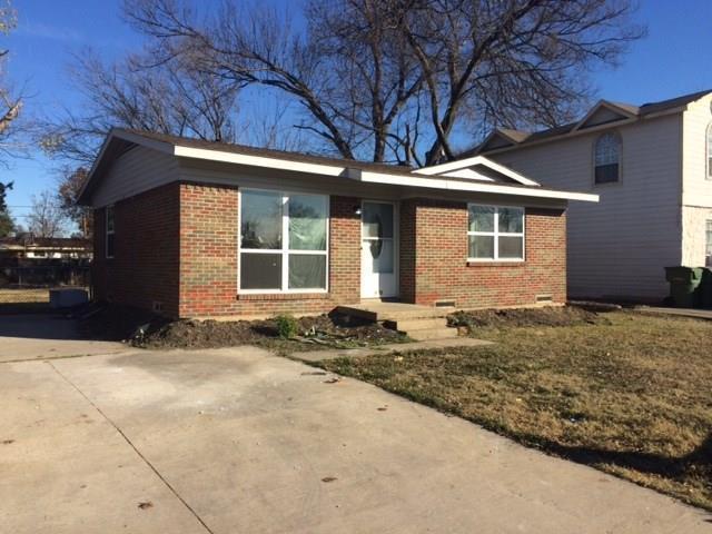 400 E Miller Road, Garland, TX 75041 (MLS #13743456) :: Carrington Real Estate Services