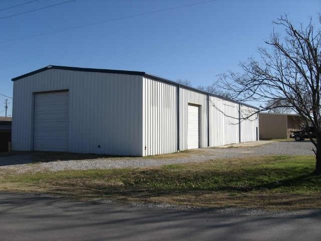 121 W 6th Street, Justin, TX 76247 (MLS #13746368) :: The Real Estate Station
