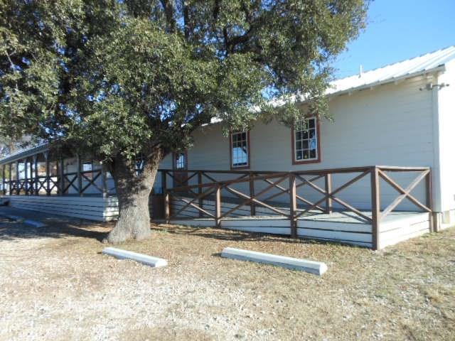 10025 E I-20, Eastland, TX 76448 (MLS #13747325) :: Team Hodnett