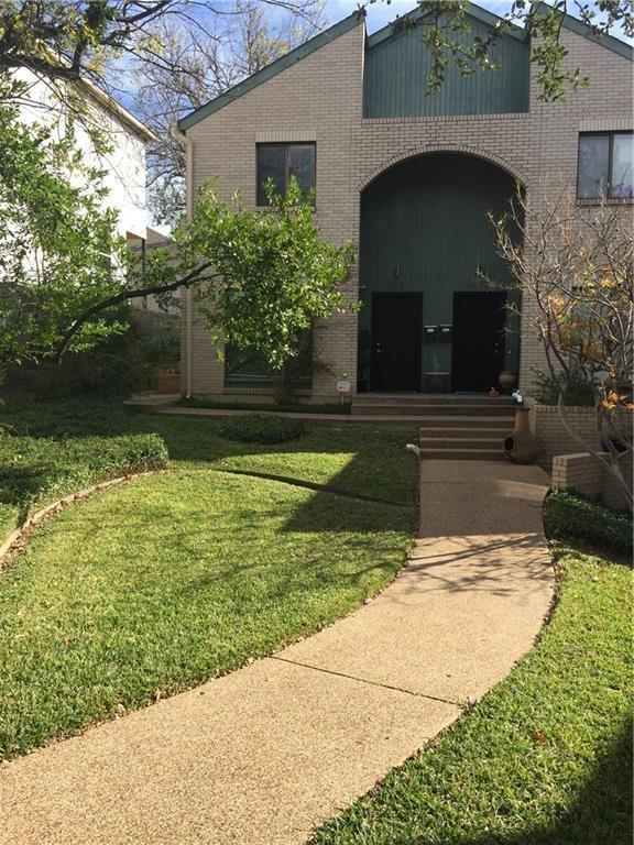 2613 Mccart Avenue, Fort Worth, TX 76110 (MLS #13749610) :: Kindle Realty