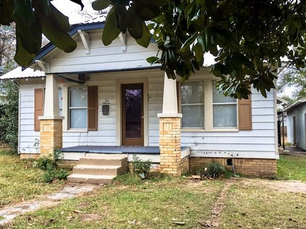 1011 N Newsom Street, Mineola, TX 75773 (MLS #13750236) :: Team Hodnett