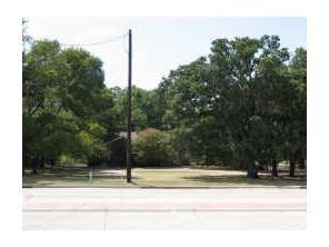 3201 Long Prairie Road, Flower Mound, TX 75022 (MLS #13752562) :: Team Tiller