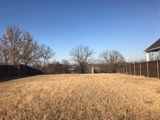 215 Dallas Street, Argyle, TX 76226 (MLS #13752564) :: The Real Estate Station