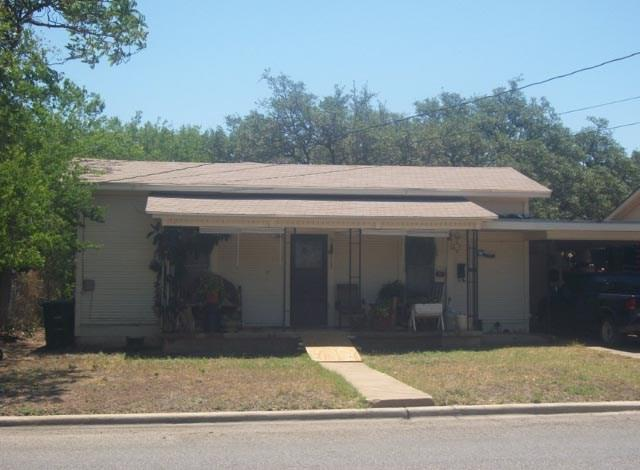 1109 S China Street, Brady, TX 76825 (MLS #13756446) :: Team Hodnett
