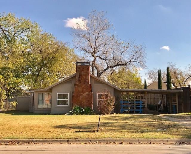 3128 Eastridge Drive, Haltom City, TX 76117 (MLS #13759028) :: Robinson Clay