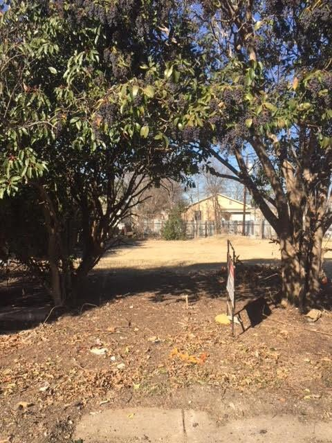 1635 E Leuda Street, Fort Worth, TX 76104 (MLS #13759556) :: Team Hodnett