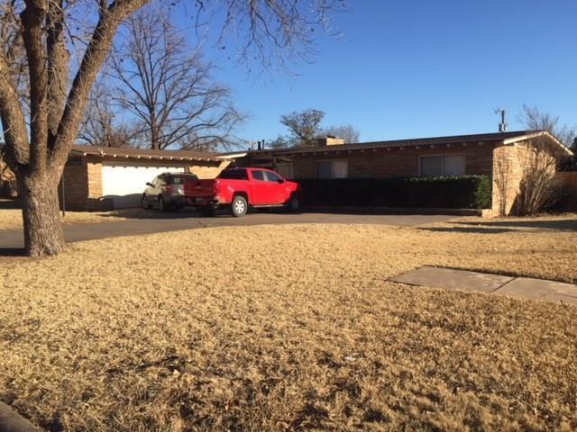 606 E Beauregard Street, Rotan, TX 79546 (MLS #13759727) :: Team Hodnett