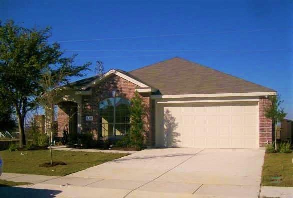 6301 Stone Lake Drive, Fort Worth, TX 76179 (MLS #13765248) :: Team Hodnett