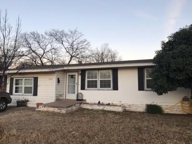 2057 Barrow Street, Abilene, TX 79605 (MLS #13766400) :: Team Hodnett