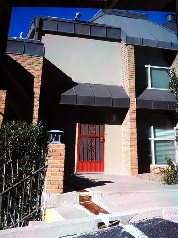 4433 N Stanton Street Mt27, El Paso, TX 79902 (MLS #13768229) :: Team Hodnett