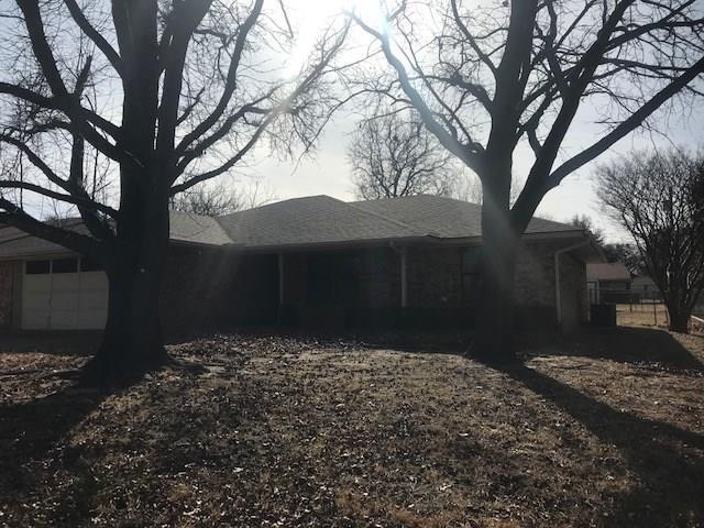 128 Willow Lane, Stephenville, TX 76401 (MLS #13769731) :: Team Hodnett