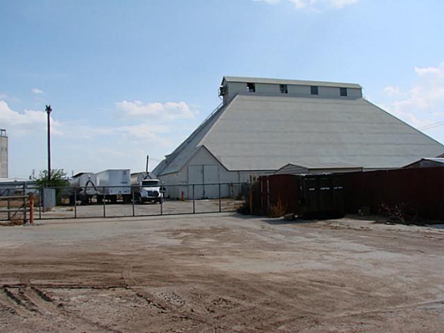 825 S Treadaway Boulevard, Abilene, TX 79602 (MLS #13769918) :: Team Hodnett