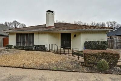 5710 Over Downs Drive, Dallas, TX 75230 (MLS #13771037) :: The Real Estate Station