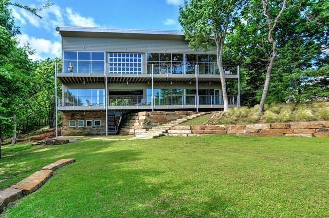 5 Lakecrest Drive, Pottsboro, TX 75076 (MLS #13778096) :: Robbins Real Estate Group