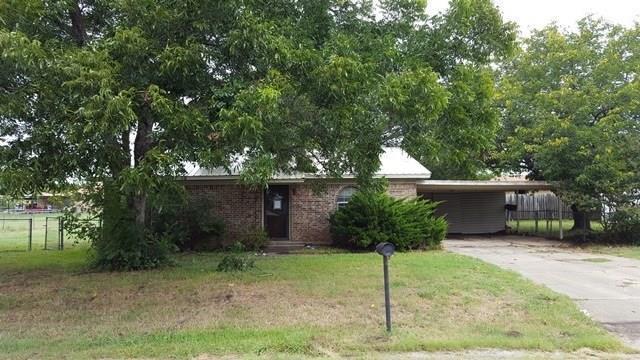 2010 Swaim Drive, Granbury, TX 76048 (MLS #13779335) :: Potts Realty Group