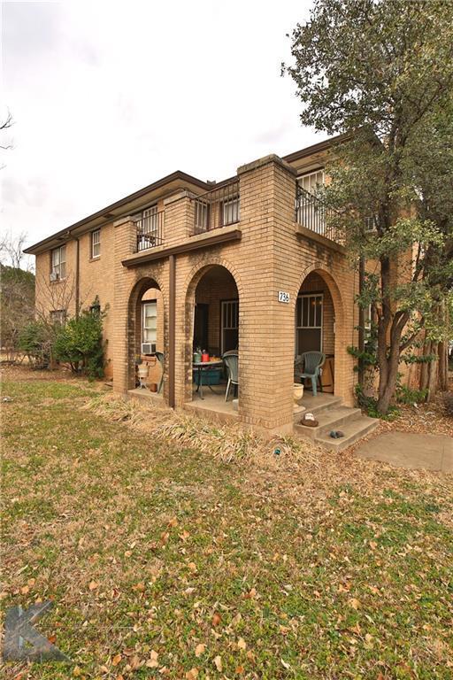 736 Mulberry Street, Abilene, TX 79601 (MLS #13780108) :: Team Hodnett