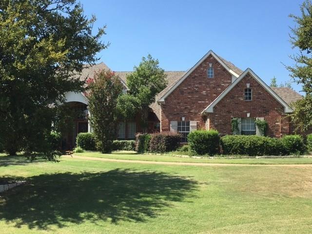 2501 Paradise Lane, Flower Mound, TX 75022 (MLS #13781369) :: Team Tiller