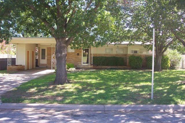 4775 Rector Avenue, Fort Worth, TX 76133 (MLS #13782139) :: Team Hodnett