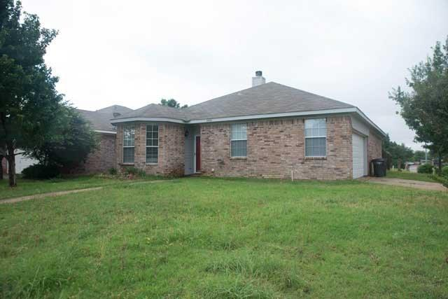 4400 Park Creek, Fort Worth, TX 76137 (MLS #13782840) :: The FIRE Group at Keller Williams