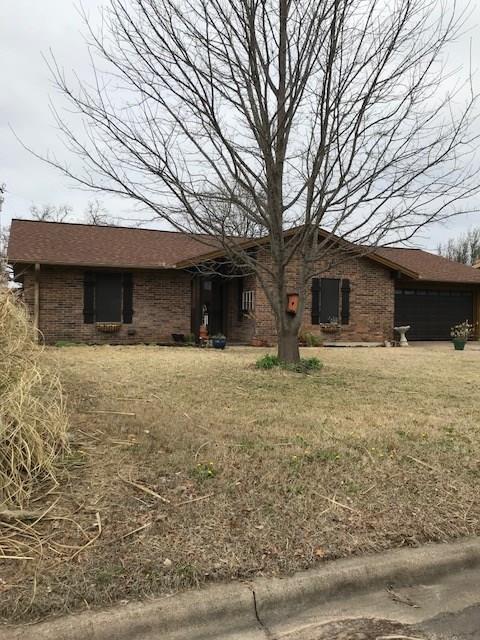 209 Sharp Drive, Stephenville, TX 76401 (MLS #13786680) :: Team Hodnett