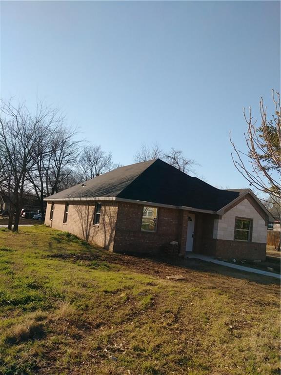 3101 Refugio Street, Fort Worth, TX 76106 (MLS #13786889) :: Kindle Realty