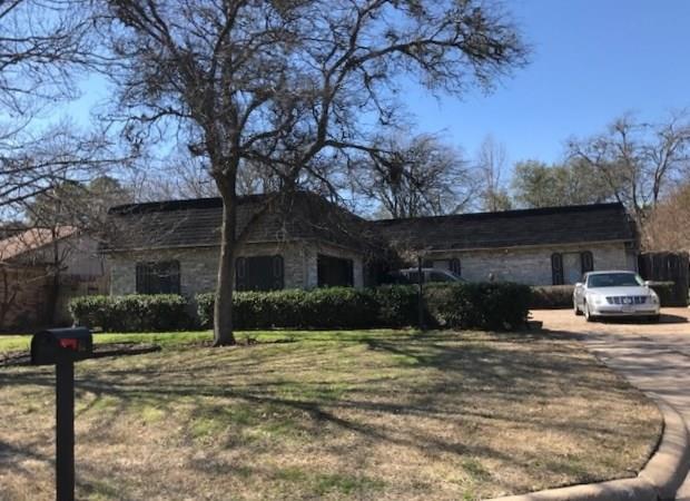 612 Turtle Creek Drive, Greenville, TX 75402 (MLS #13788182) :: Team Hodnett