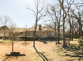 115 E Kiowa Drive E, Lake Kiowa, TX 76240 (MLS #13788909) :: Team Hodnett