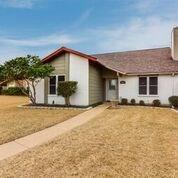 5001 Drawbridge Lane, Garland, TX 75044 (MLS #13788916) :: Team Hodnett