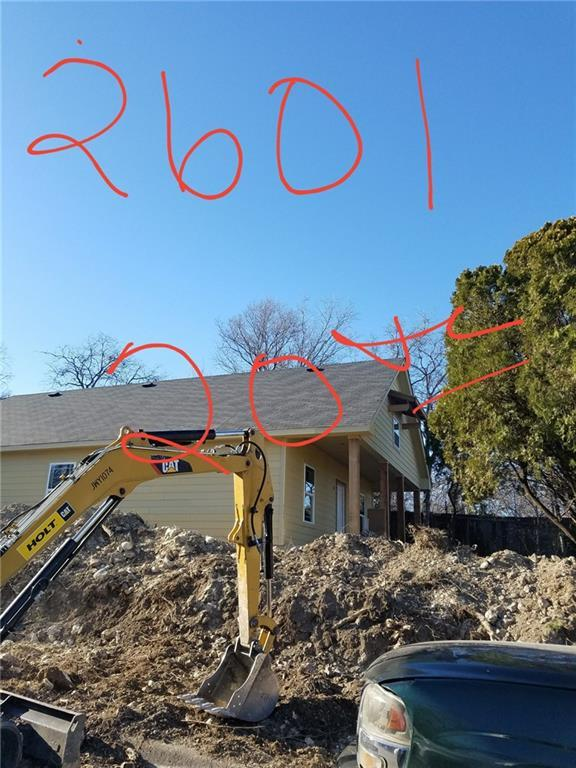 2601 NW 20th Street, Fort Worth, TX 76106 (MLS #13789622) :: Team Hodnett