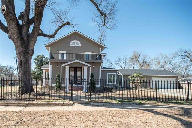 821 Pine Bluff Street, Paris, TX 75460 (MLS #13790735) :: Team Hodnett
