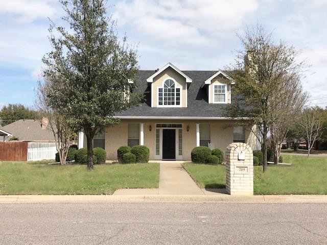 709 Brandon Drive, Cleburne, TX 76033 (MLS #13792159) :: Team Hodnett
