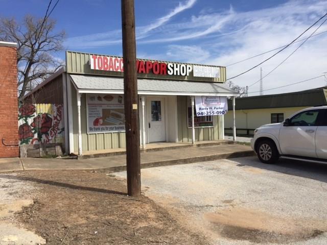 109 E Rock Island Avenue, Boyd, TX 76023 (MLS #13793487) :: Team Hodnett