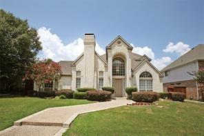 1305 Chesapeake Drive, Plano, TX 75093 (MLS #13794449) :: Team Hodnett