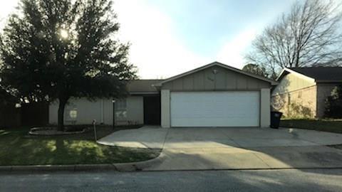 6608 Andora Avenue, Fort Worth, TX 76133 (MLS #13795434) :: Team Hodnett