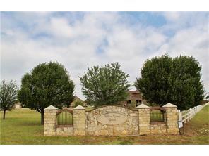 1636 Weeping Willow Drive, Fort Worth, TX 76052 (MLS #13797877) :: Team Hodnett