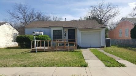 2752 Custer Drive, Dallas, TX 75216 (MLS #13799173) :: Team Hodnett
