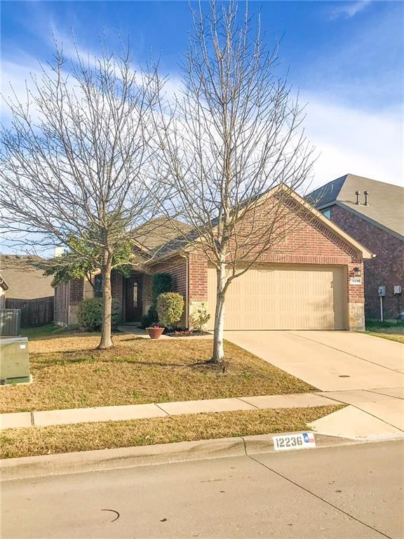 12236 Walden Wood Drive, Fort Worth, TX 76244 (MLS #13799318) :: Kindle Realty