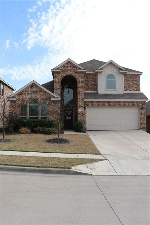 3908 Hollow Lake Road, Fort Worth, TX 76262 (MLS #13800044) :: Team Hodnett
