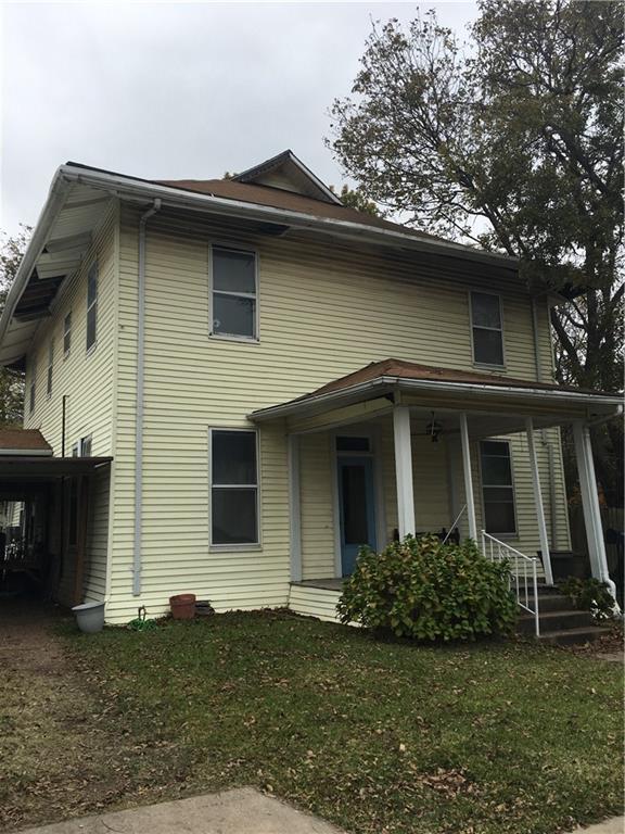 201 W 6th Street, Bonham, TX 75418 (MLS #13811907) :: Magnolia Realty