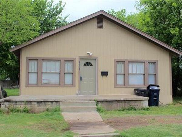 1261 E Richmond Avenue, Fort Worth, TX 76104 (MLS #13817380) :: Team Hodnett