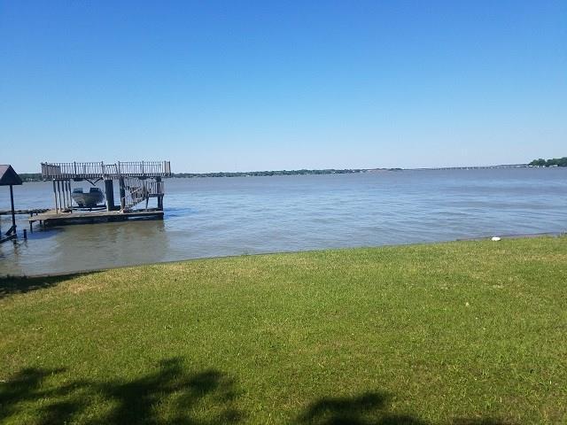 184 Shady Shores Drive, Mabank, TX 75156 (MLS #13823556) :: Team Hodnett