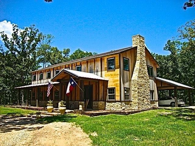 2065 Farm Road 3298, Powderly, TX 75473 (MLS #13824530) :: Ebby Halliday Realtors