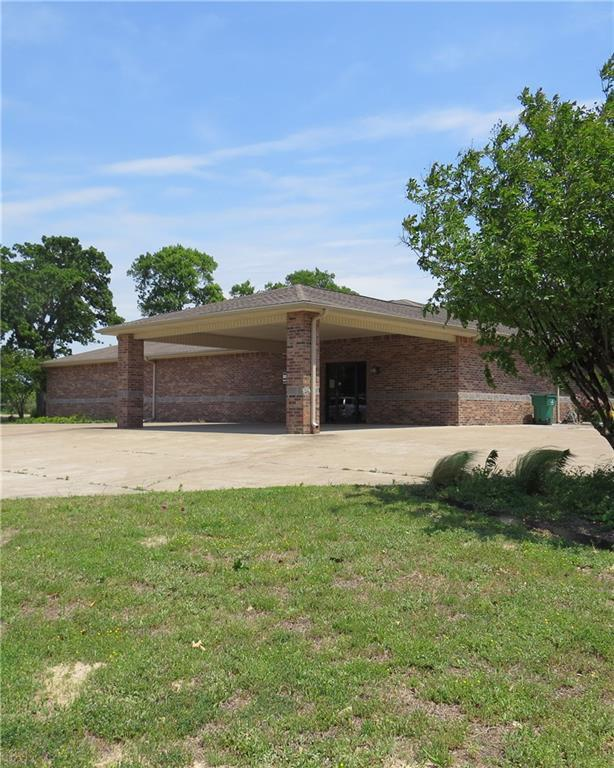 626 W Main Street, Fairfield, TX 75840 (MLS #13826698) :: The Real Estate Station