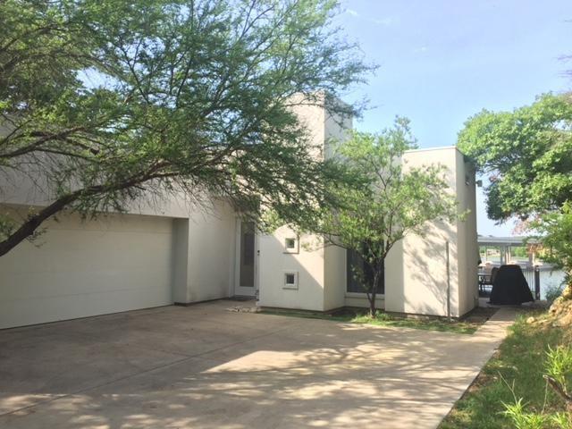 8432 Blue Heron Court, Fort Worth, TX 76108 (MLS #13831886) :: Team Hodnett