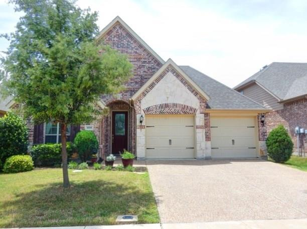 4508 Lakeside Hollow Street, Fort Worth, TX 76262 (MLS #13834857) :: NewHomePrograms.com LLC