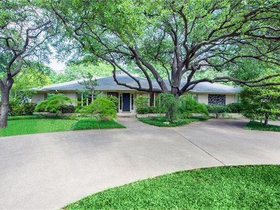 13742 Meandering Way, Dallas, TX 75240 (MLS #13834991) :: Hargrove Realty Group
